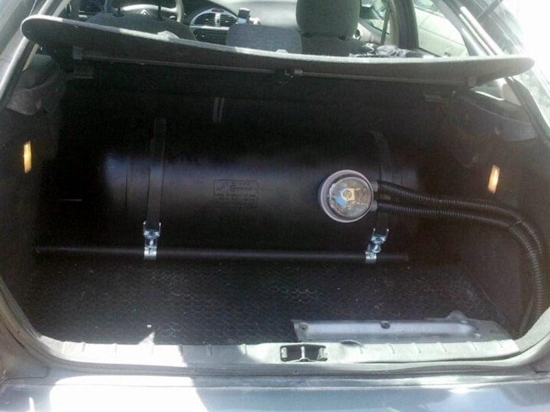 סיטרואן C5 נפח 1997 שנת 2004 - בלון גז